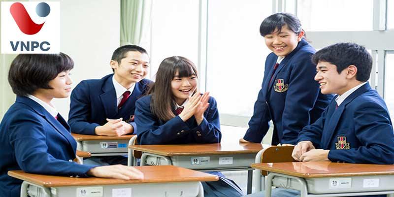 Trong thời gian du học Nhật Bản có được về nước thăm gia đình không?