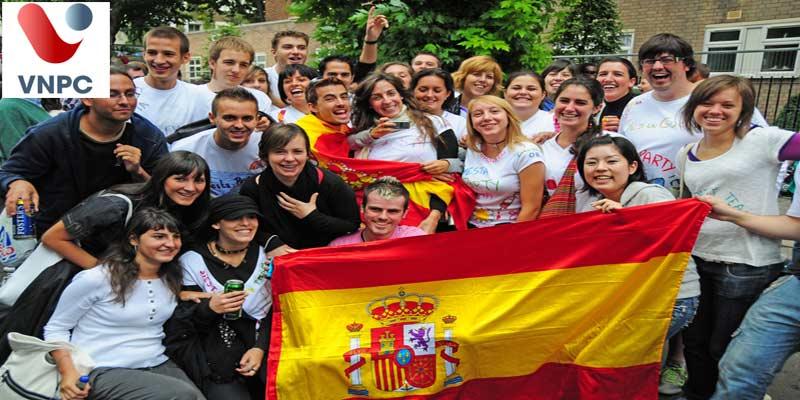Du học Tây Ban Nha học ngành nào dễ định cư?