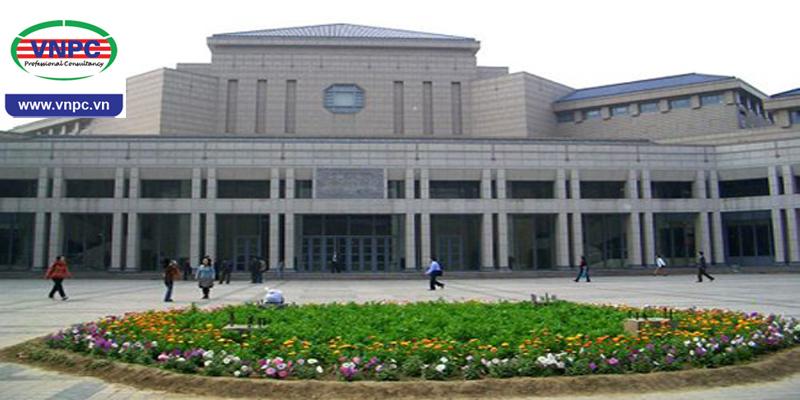 Đại học Vũ Hán và sức hút đối với sinh viên quốc tế